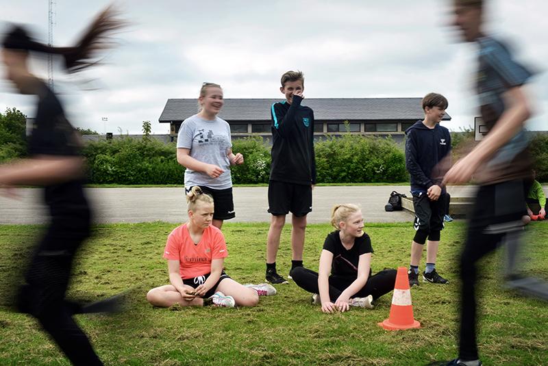 Skolebørn dyrker sport