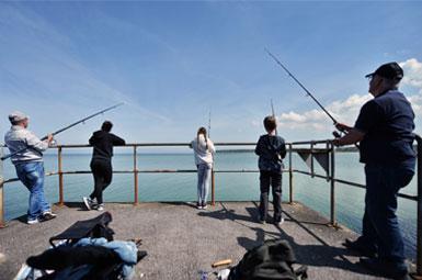 Fiskere ved Bønnerup Strand