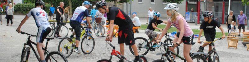 Cyklende børn i Holbæk